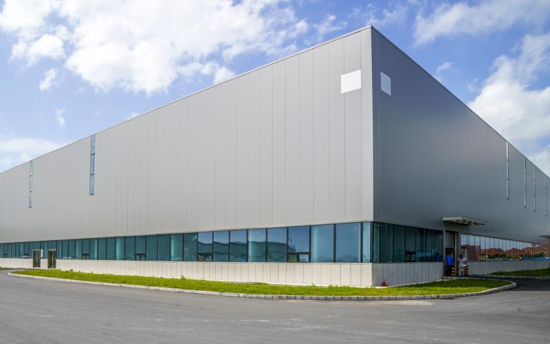 Výstavba administrativních a výrobních budov, průmyslové stavby